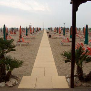 spiagge accessibili 300x300 - spiagge accessibili