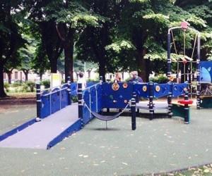 parco giochi per tutti italiaccessibile 300x250 - Parchi con giochi accessibili e fruibili per tutti i bambini