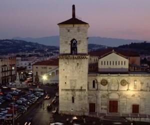 cattedrale di benevento 300x250 - Quattro Itinerari Accessibili a Tutti a Benevento da ArteViva