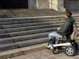 """barriere architettoniche italiaccessibile 160x120 - A Brescia la Mostra """"Cibo nell'arte"""": i disabili a digiuno non possono visitarla"""