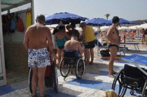 spiaggia senza barriere san vito lo capo 300x199 - Spiaggia Zero Barriere a San Vito Lo Capo (Tr)