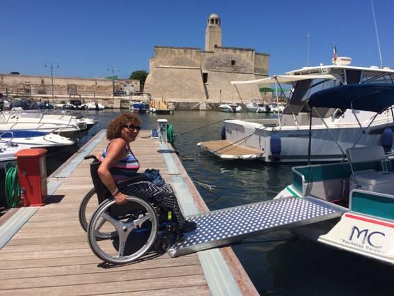 """""""Mare senza Barriere"""" ad Ostuni con Euphoria la barca accessibile della Marco Carani Nautica"""