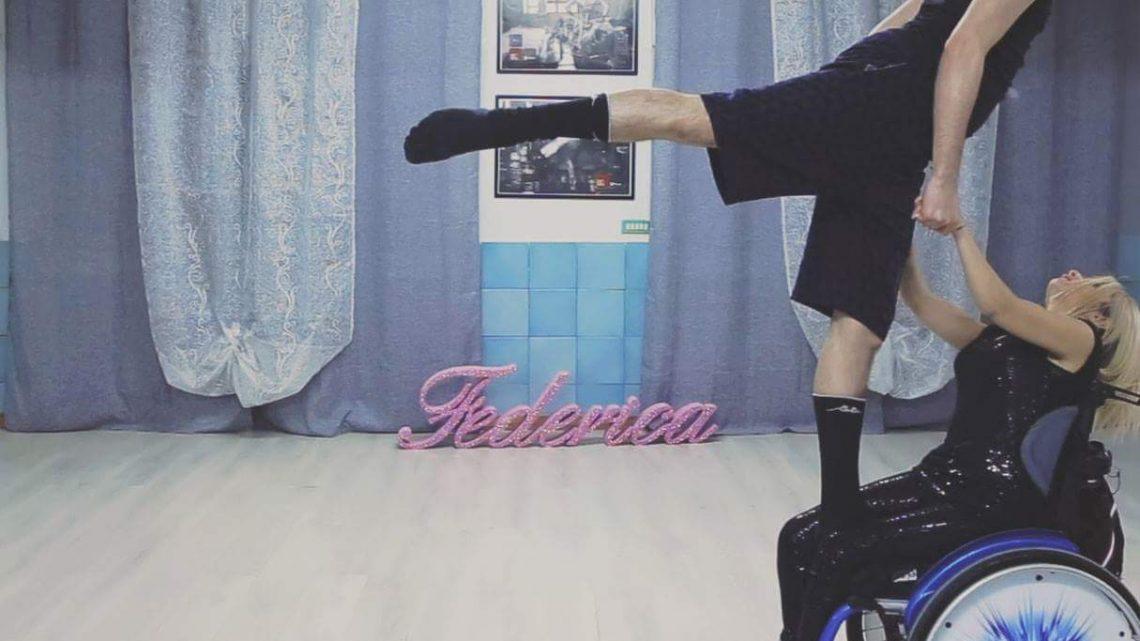 """Federica Bambaci, ballerina con """"ruotealate"""". """"Diverse abilità, stessa voglia di vivere"""""""