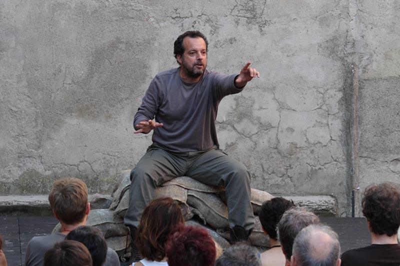 """""""Milite ignoto – quindicidiciotto"""" di Mario Perrotta"""