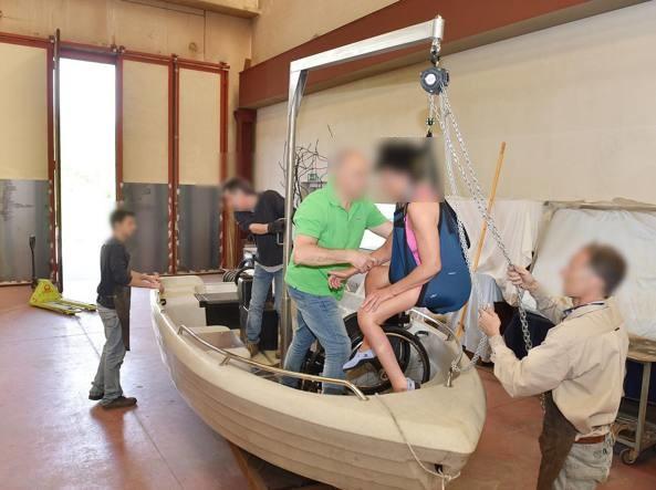 Cernobbio, barca per sub con disabilita'per esplorare i fondali del lago