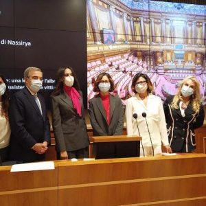 Nella foto da sinistra: Giusy Versace, Maurizio Gasparri, Maria Grazia Cucinotta, Mariastella Gelmini, Solveig Cogliani e Maria Stella Giorlandi