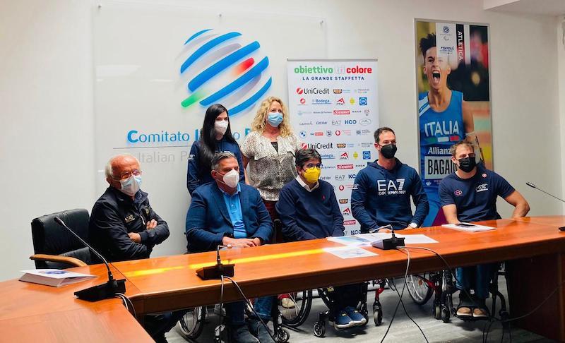 Obiettivo3 handbike, l'Italia torna a riabbracciarsi con la grande staffetta di Obiettivo Tricolore al grido di 'Forza Alex!'
